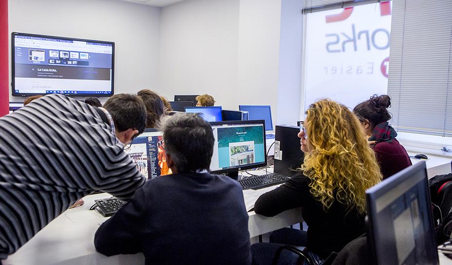 Clase - Instalaciones | Core Networks Sevilla